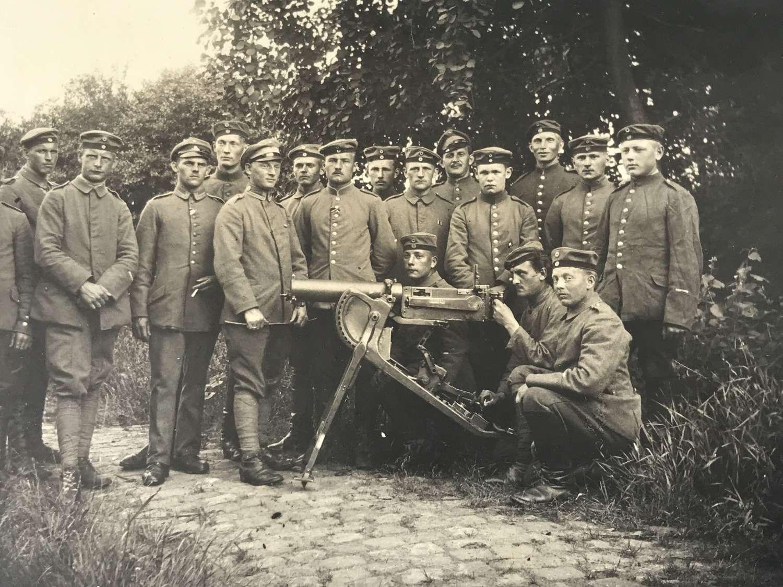 MG08 Team postcard
