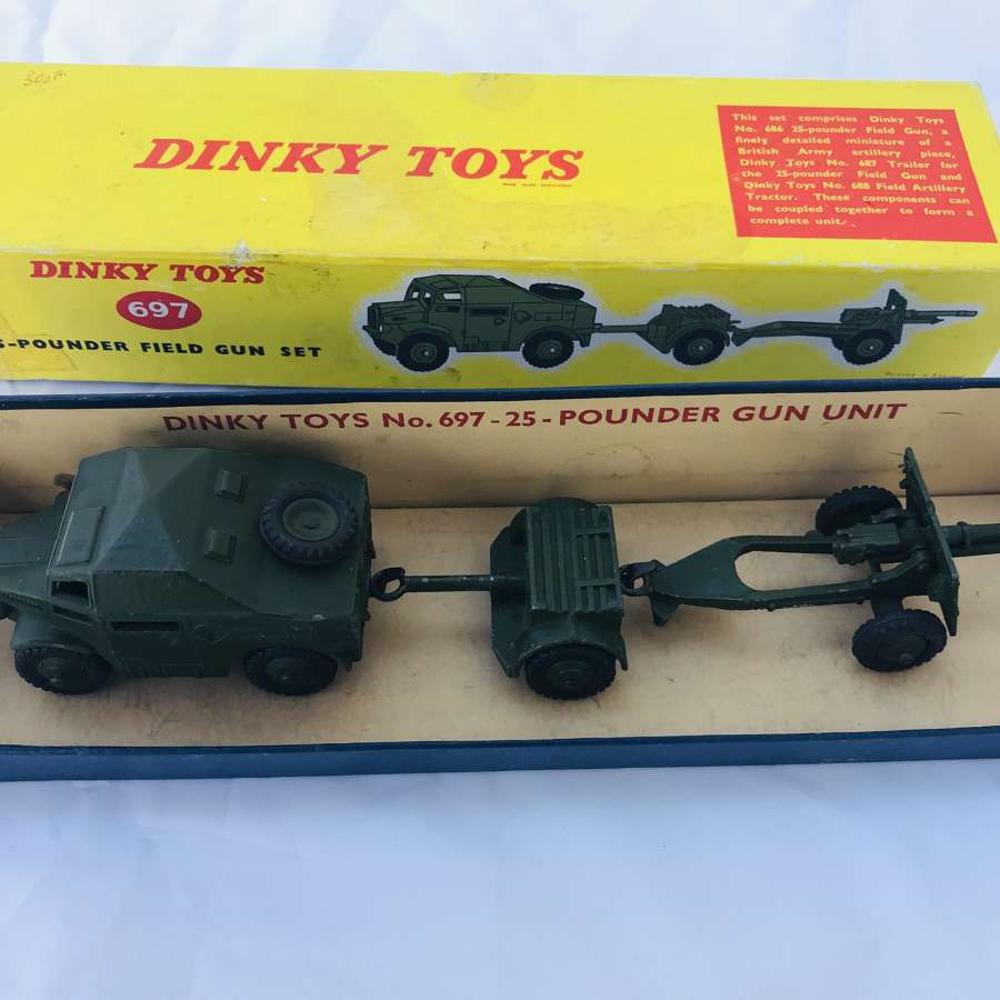 Dinky toys 25 pounder field gun set boxed