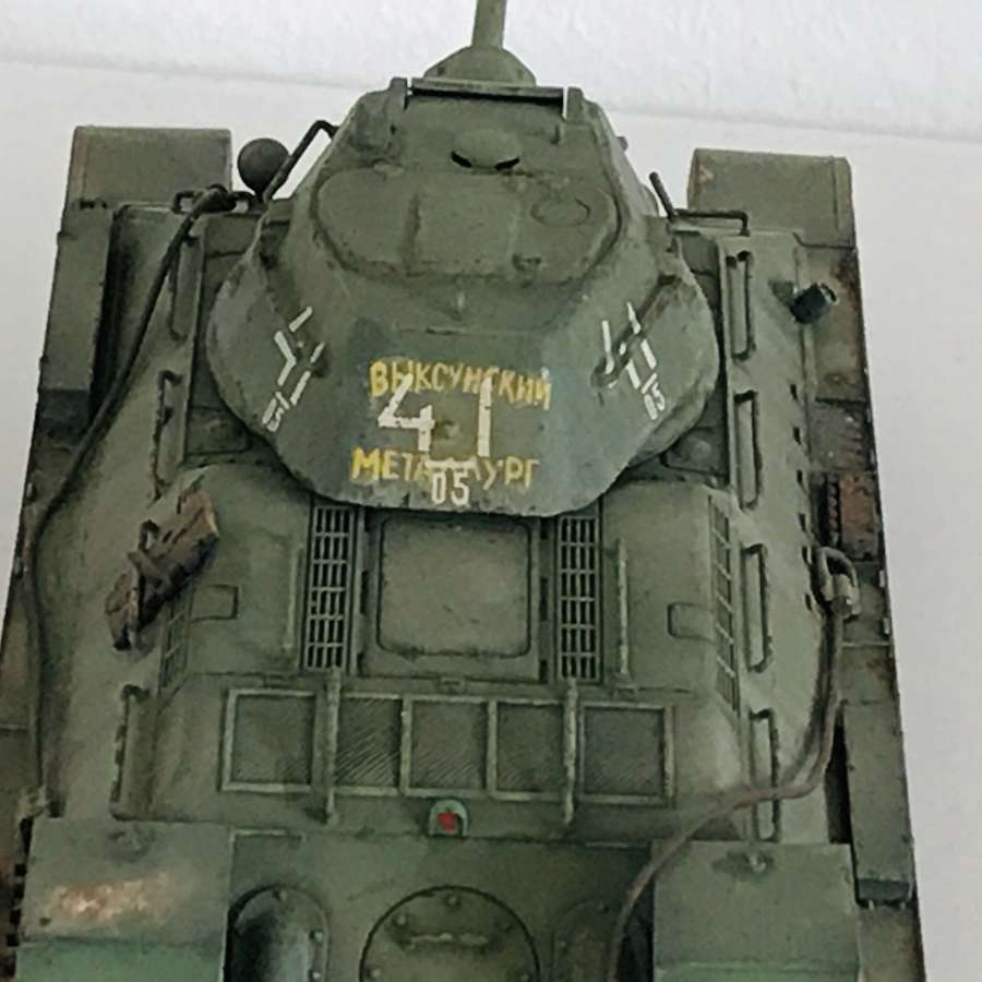 Model T34/76  early Version scale 1/48